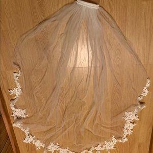 Bridal White Wedding Veil W/Comb Lace Edge trim